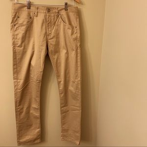 Untuckit Tan Pants 30 x 31 Flat Front 5 Pocket EUC